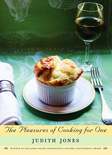 The Pleasures of Cooking for One von Knopf