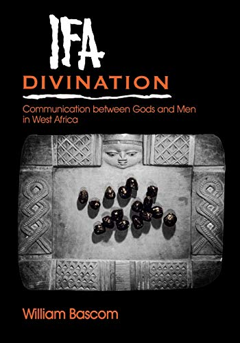 Ifa Divination: Communication between Gods and Men in West Africa (Midland Book, MB 638) von Indiana University Press