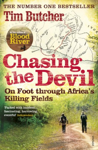 Chasing the Devil: On Foot Through Africa's Killing Fields von Vintage